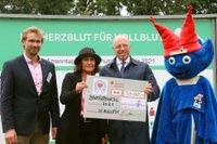 Scheckübergabe an den Kinderschutzbund Köln_tuchel.jpg