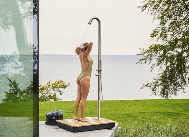 ki_story_imm_cologne_home_style_cane-line_outdoor-dusche_c_cane-line-768x557.jpg