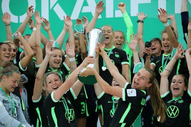 ki05_2021_titelstory_sportamt_dfb_pokalfinale_frauen3_c_eduard_bopp.jpg